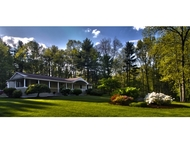 33 Coach Ln Hampton Falls NH, 03844
