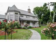 50 Cedar Hill Dr Jamestown RI, 02835