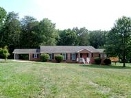 1939 Bloomtown Road East Bend NC, 27018