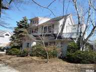 18 Weston Pl Lawrence NY, 11559