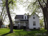 1122 South Prairie Street Greenville IL, 62246