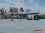 5 Melrose Lane Lewistown IL, 61542