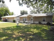 1554 Brush Hill Village Checotah OK, 74426
