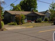 525 10th Street Springfield OR, 97477