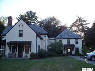 203 Store Hill Rd Old Westbury NY, 11568