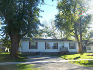 408 W Smith St Sturgeon MO, 65284