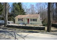 25 Bear Hills Road Newtown CT, 06470