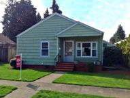 1535 N 2nd Ave Stayton OR, 97383