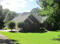 23 Briarwood Drive Collins MS, 39428