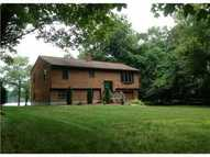 63 Greenlake Dr Greenville RI, 02828