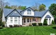 6 Emerald Ct Moriches NY, 11955