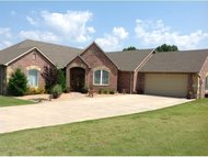 2070 Meadowwood Addition Eufaula OK, 74432