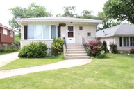 8436 Mayfield Avenue Burbank IL, 60459