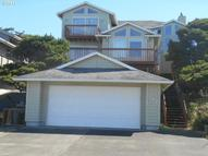 742 N Pacific St Rockaway Beach OR, 97136