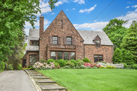 69 Wellington Road New Rochelle NY, 10804