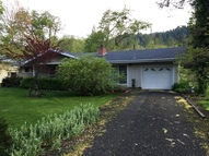23368 North Umpqua Hwy Idleyld Park OR, 97447