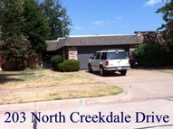 203 North Creekdale Drive Norman OK, 73072