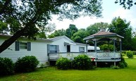 6146 Scotch Pine Rd. Cannelton IN, 47520