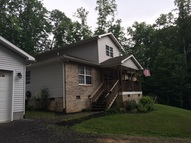 64 Miracle Lane Mount Hope WV, 25880