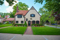 31 Markwood Rd Forest Hills NY, 11375