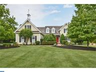 2 Sprucefield Ct New Hope PA, 18938
