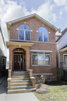 4813 North Hoyne Avenue Chicago IL, 60625