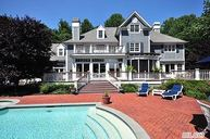 1 Pine Point Saint James NY, 11780
