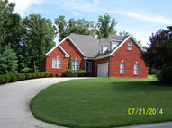 460 E Deer Creek Drive Crossville TN, 38571