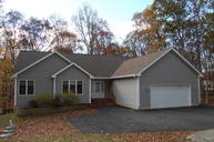802 Appaloosa Court Lords Valley PA, 18428