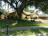 706 Angle Ridge Circle Garland TX, 75043