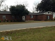317 Nw Williams St Collins GA, 30421