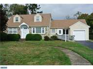 102 Burgess Ave Morrisville PA, 19067