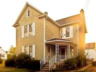524 Park St Moosic PA, 18507