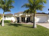 2805 Se 10th Ave Cape Coral FL, 33904