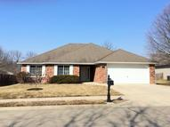 707 Ames Dr Columbia MO, 65201