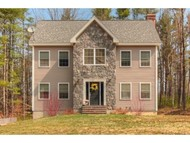 22 Peaslee Rd Rochester NH, 03867