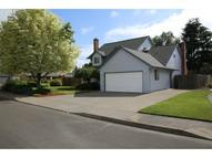 1530 Ne Laurelwood Cir Canby OR, 97013
