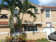 11311 Lakeview Dr 4-M Coral Springs FL, 33071