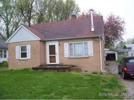 8704 New Bunkum Road Caseyville IL, 62232