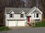 2052 Pinecrest Morgantown WV, 26505