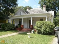 1755 Lyle Ave College Park GA, 30337