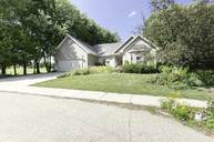 813 Jamesway Dr Watertown WI, 53098