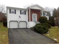 26 Lovell Dr Wanaque NJ, 07465