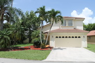 621 Nw 182nd Way Hollywood FL, 33029