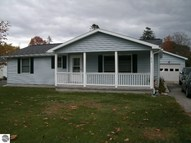 215 Third Avenue Tawas City MI, 48763