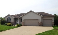 762 Luiken St Lake Crystal MN, 56055