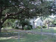 7514 2nd St Hitchcock TX, 77563
