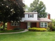 30 Thorncrest Drive Pittsburgh PA, 15235