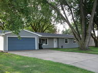 3220 S. Lakeport Sioux City IA, 51106