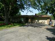 1116 Emerson Dr Anderson IN, 46011